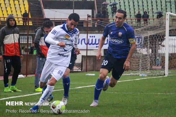 دیدار تیم های فوتبال داماش گیلان و ملوان بندر انزلی
