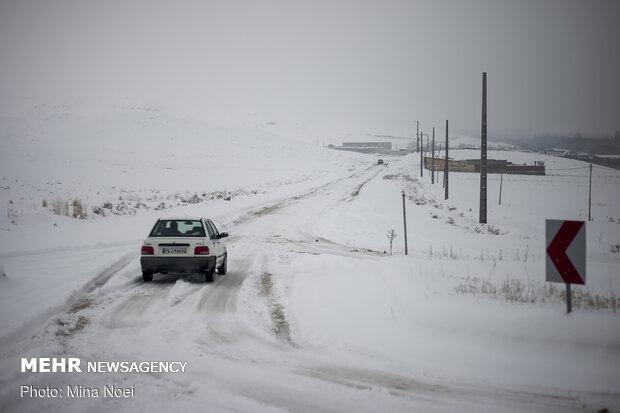 راه ارتباطی ۱۰۰ روستای کهگیلویه و بویراحمد مسدود شد