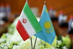 Iran, Kazakh FMs discuss cooperation on COVID-19 battle