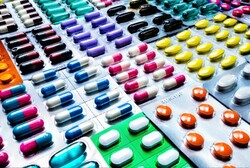 ۳۰ داروی زیست فناوری تا ۱۸ ماه آینده به تولید میرسد