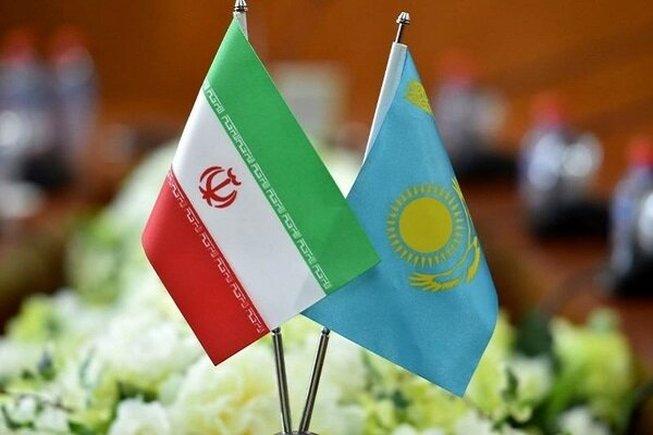 Iran, Kazakh FMs discuss cooperation on COVID-19 battle