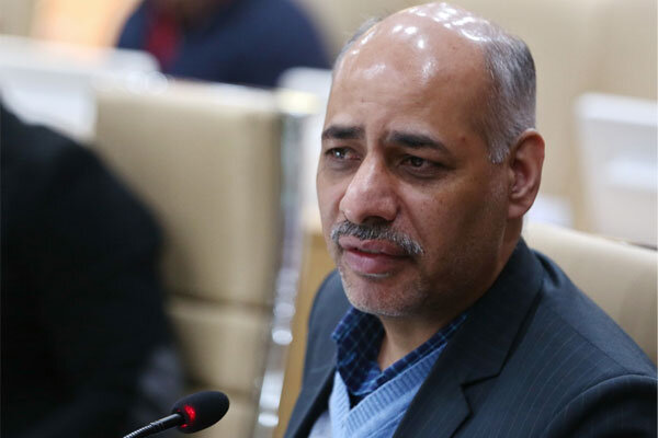 ایران در قله انتقال ویروس کرونا قرار دارد