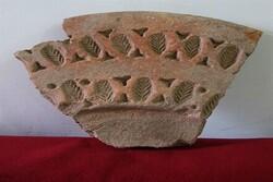 Clay jug from Seljuk period discovered in Zanjan Prov.