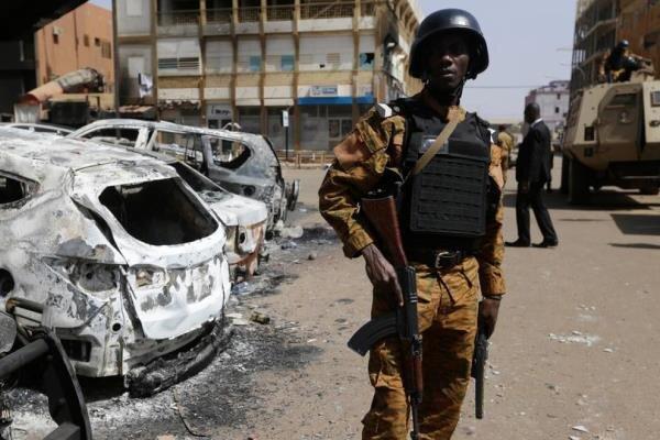 حمله تروریستی به بازاری محلی در بورکینافاسو/۳۶ غیرنظامی کشته شدند
