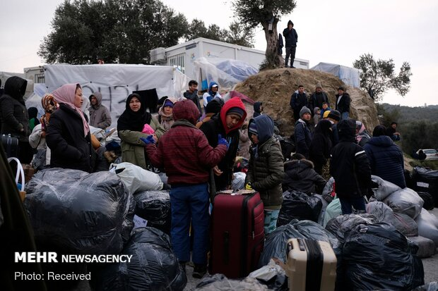 بیش از ۱۳ هزار نفر در مرز ترکیه و یونان سرگردانند