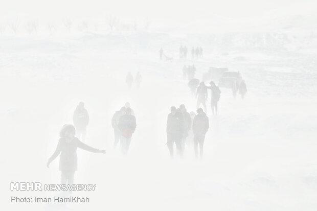 تفریح در طوفان برفی - همدان