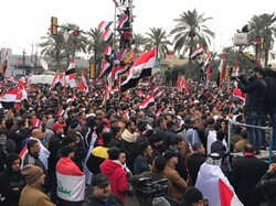 حشود مليونية في بغداد تنديداً بتواجد القوات الأميركية في العراق