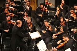 کنسرت «حاشیهها» در تالار وحدت/ صهبایی: شهرداد روحانی فرار کرد!