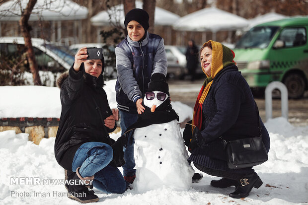 Snowman building contest in Hamedan