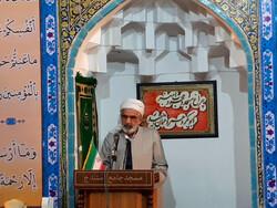 عزت مسلمانان در گرو عمل به آموزه های مکتب رسول الله (ص) است
