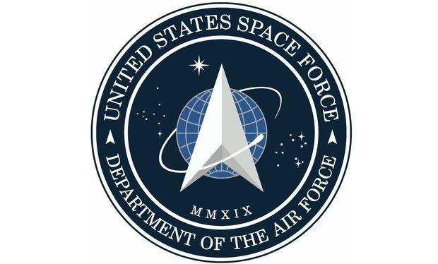 آرم نیروی فضایی آمریکا با الهام از فیلم «جنگ ستارگان»