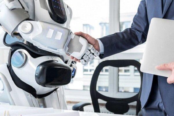 ۶۴ درصد مردم به رباتها بیشتر از مدیرشان اعتماد می کنند