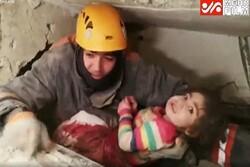 Elazığ'da depremden 24 saat sonra enkazdan 5 yaşındaki bir çocuk çıkarıldı