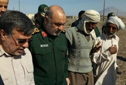 IRGC chief visits flood-hit areas in southern Iran