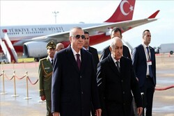 ترک صدر اردوغان الجزائر پہنچ گئے
