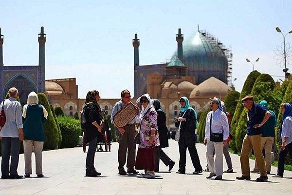 آنچه برسر گردشگری ایران آمد/ دولت فقط نظارهگر بود