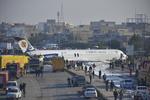 İşte İran'da pistten çıkan uçak fotoğrafları!