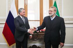 ایرانی اسپیکر کے ساتھ روسی ڈوما کے سربراہ کی ملاقات