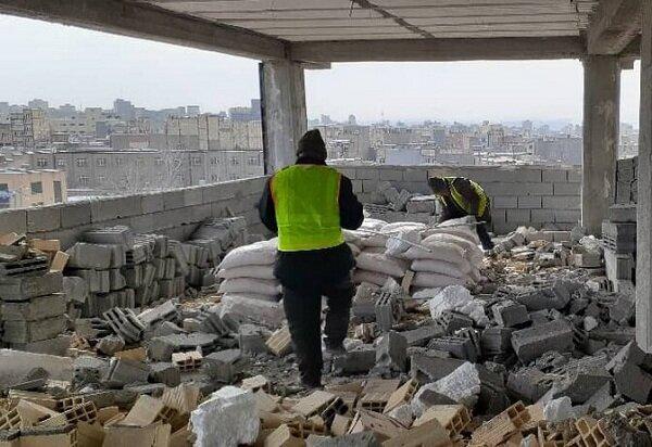 تخریب ۷ مورد ساخت و ساز غیرمجاز در شهرداری منطقه ۱۰ تبریز