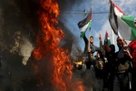 Palestinians stage mass protests against US' Deal of Century