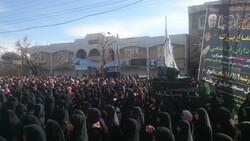 برگزاری اجتماع عظیم عزاداران فاطمی در دروازه کربلا/ کرمانشاه در سوگ مادر سادات