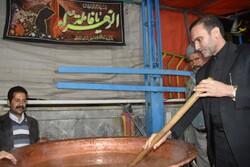پخت ۹ پاتیل سمنوی سنتی شهرضا به مناسبت شهادت حضرت زهرا (س)