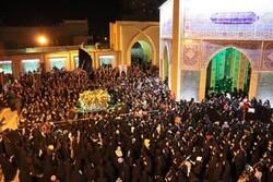 مراسم باشکوه تشییع نمادین حضرت زهرا (س) در ورامین برگزار شد