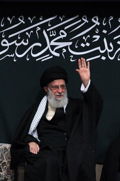 Leader attends martyrdom anniversary of Hazrat Fatemeh (PBUH)