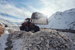 اجرای عملیات برف روبی و بازگشایی مسیر گنجنامه به پیست اسکی همدان