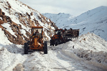 اجرای عملیات برف روبی و بازگشایی مسیر پیست اسکی همدان