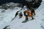 زمینگیری ۹ کوهنورد در برف و کولاک کلکچال/عملیات نجات انجام شد