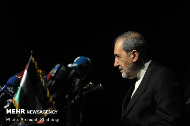 Presser of top adviser to Leader for Intl. Affairs over so-called 'Deal of Century'