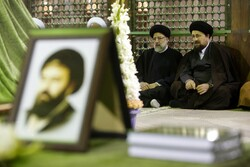 Judiciary chief pays tribute to Imam Khomeini