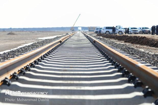 پروژه راهآهن اردبیل-میانه به مرحله روسازی رسید