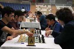 صدرنشینی آرش داغلی در پایان دور سوم مسابقات