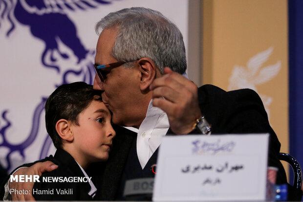 حاشیه های چهارمین روز جشنواره فیلم فجر