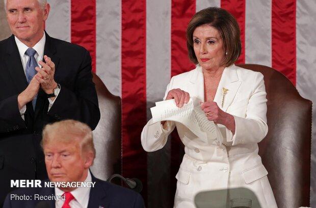 Temsilciler Meclisi Başkanı Pelosi Trump'ın konuşma metnini yırttı!