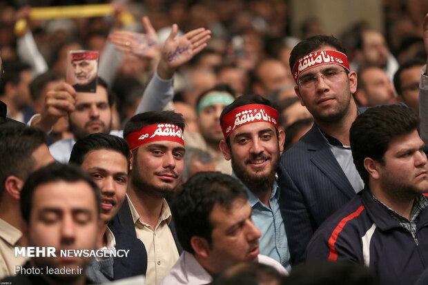 دیدار هزاران نفر از اقشار مختلف مردم با رهبر انقلاب