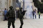 یورش نظامیان صهیونیست به مسجدالاقصی/ وقوع درگیری با فلسطینیان