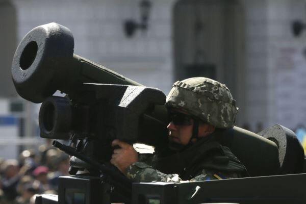 آمریکا از فروش تسلیحات و مهمات نظامی به اوکراین خودداری می کند