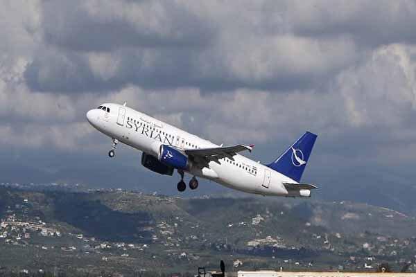 İsrail, Suriye'ye düzenlediği hava saldırısında bir yolcu uçağını kalkan yaptı