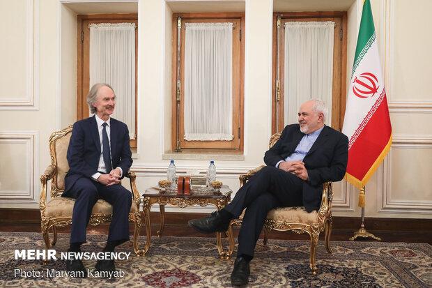 ظريف يلتقي بالمندوب الاممي في الشأن السوري