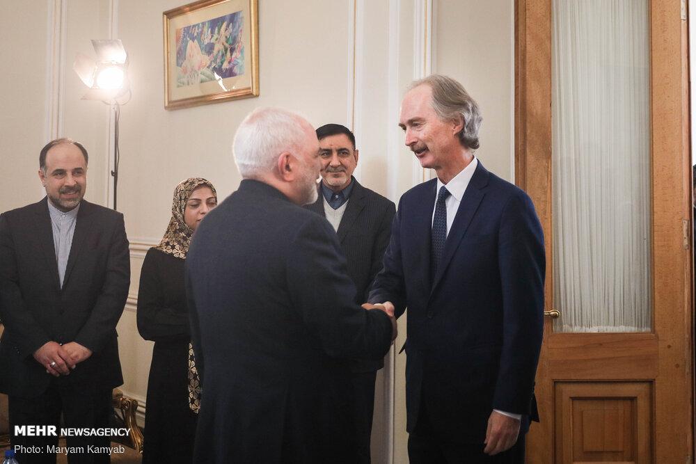 استقبال ظريف لمندوب الأممي في الشأن السوري