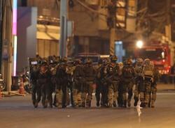رئيس الوزراء التايلاندي يكشف عن الدافع وراء الهجوم على مركز تجاري في مدينة كورات
