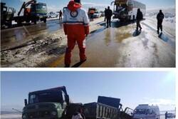 وقوع ۲ تصادف زنجیره ای در آذربایجان غربی/ ۲ نفر فوت شد