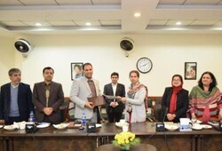 Allameh, Lahore unis. sign MoU on scientific coop