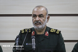 Iranian forces ready to destroy all US interests in region