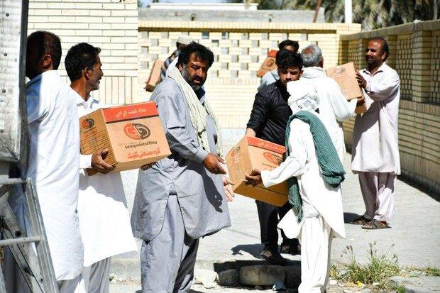 یاریرسانی گروه صنعتی گلرنگ به آسیبدیدگان سیل سیستان و بلوچستان