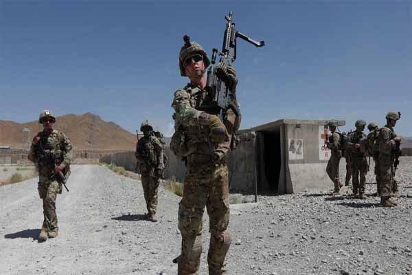 آیا نظامیان آمریکایی از ۱۵ پایگاه نظامی در عراق عقب نشستهاند؟