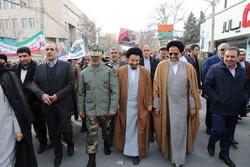 اراده ملت ایران در ادامه راه امام و شهدا تزلزل ناپذیر است